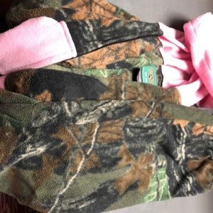 Size 2T fleece camp girls outfit